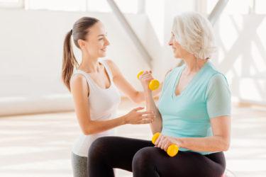 サルコペニア対策に運動・食事の見直しを!プロテインの摂取も効果的